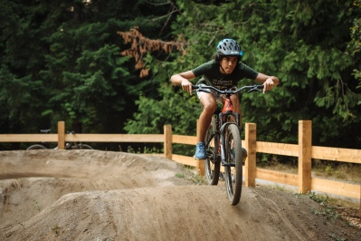 Drake getting laps on the pump track.